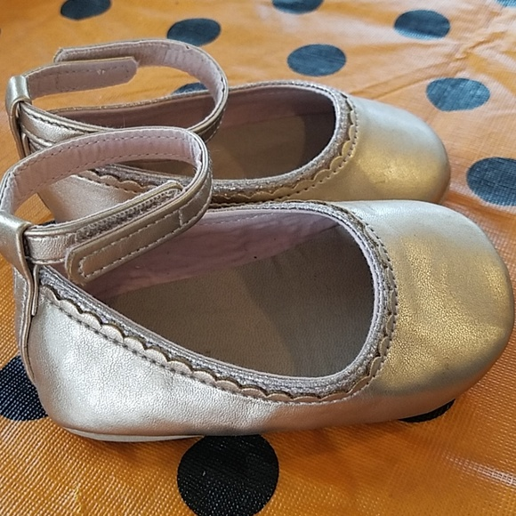 Old Navy Other - Ankle strap ballet flats